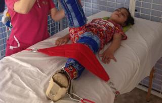 Saška mala detské želanie: kočik s bábikou