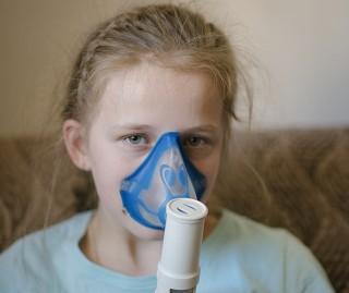Trampolínka pre Karolínku, ktorá má problémy s dýchaním